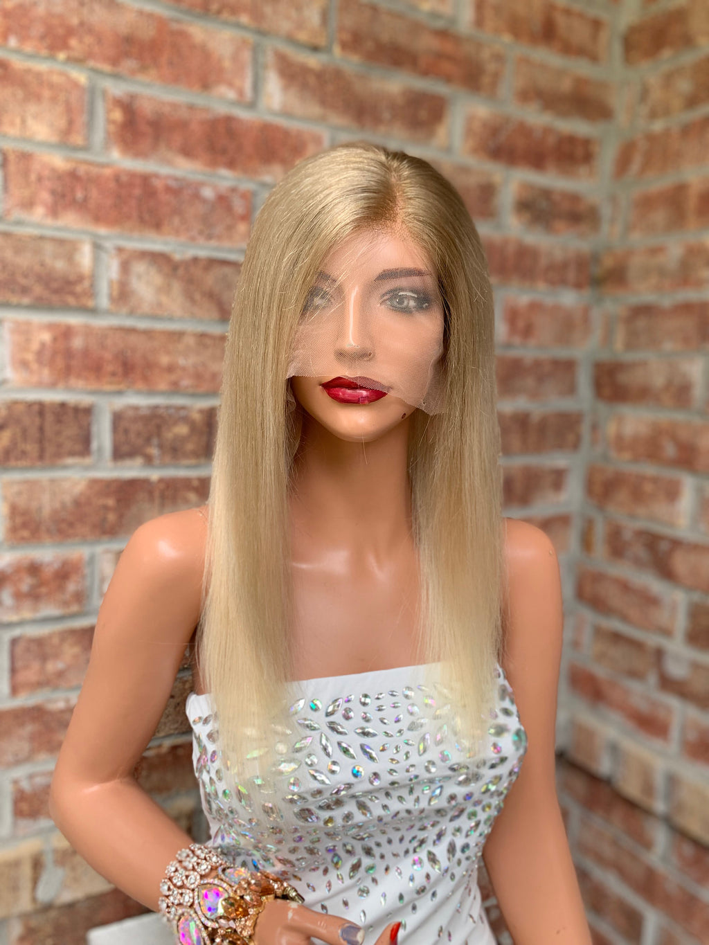 HUMAN HAIR Full lace Wig, Balayage blonde with Natural Color Melt, Straight hair, Made with Virgin hair 14 Inches long