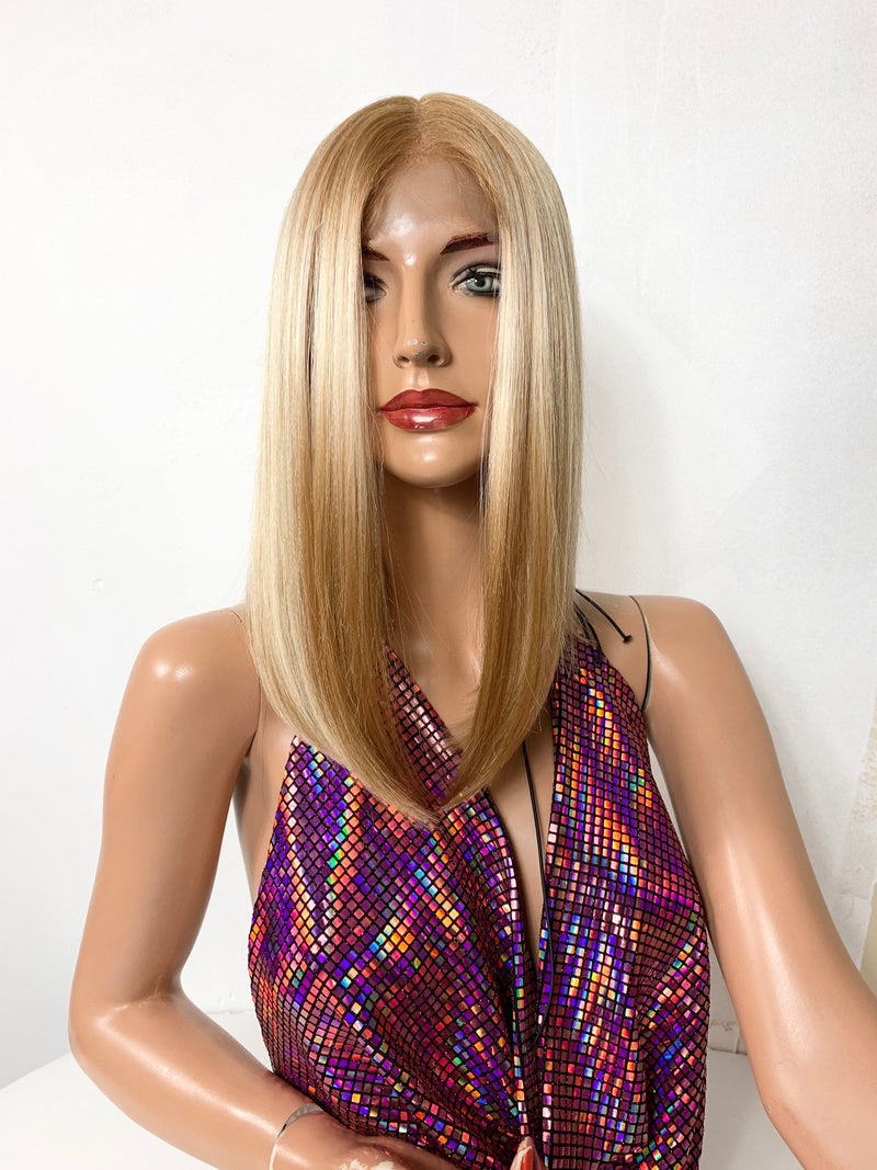 "10"" BUTTER BLONDE. Bob lace front hair wig + Middle part 720"
