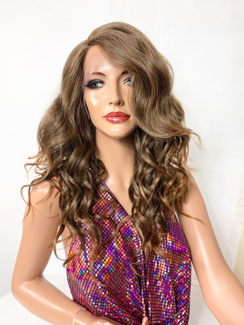 "14"" CARAMEL HONEY BLONDE. Layered wavy lace front hair wig + Side part 720"