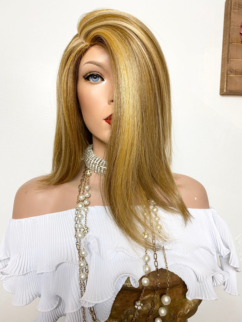 "SWEET LINDA wig 10"" long hair *Natural layers + Full wig Color: blonde balayage' FABULOUS"