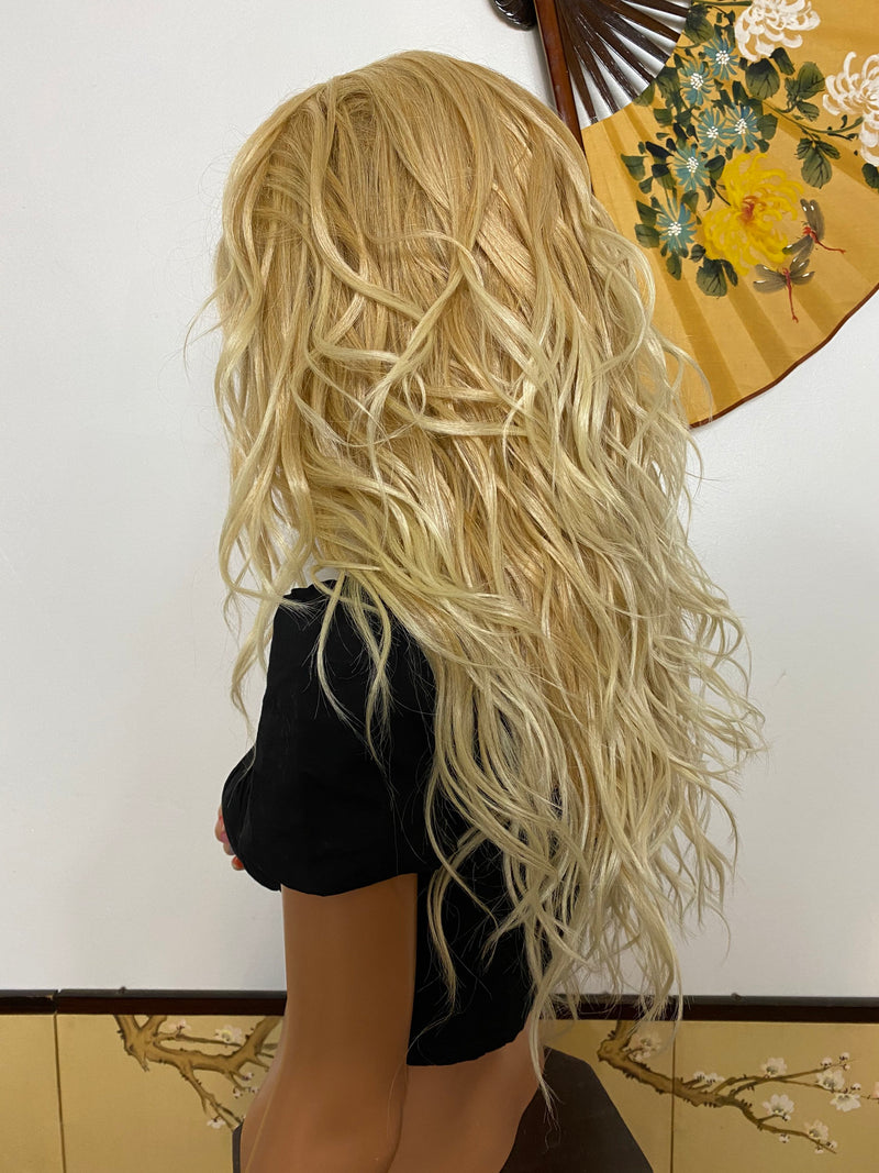 BARBI* balayage blonde layered waves |LUXURIOUS ILLUSION 360' lace frontal wig 22""
