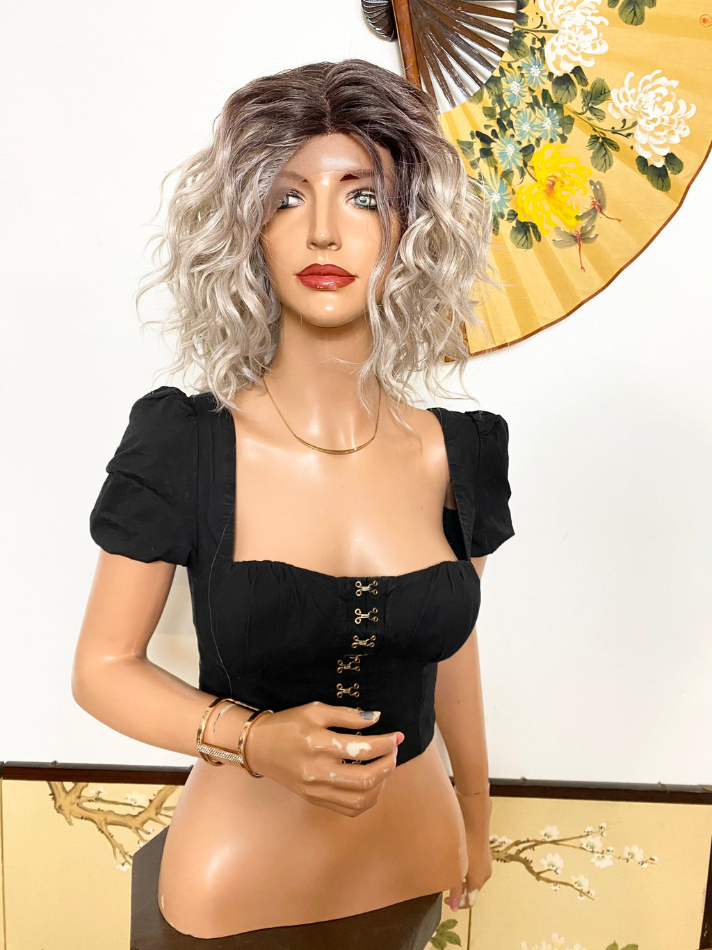 TORI* frosty gray wavy hair| LUXURIOUS ILLUSION *middle part* lace front wig 10""