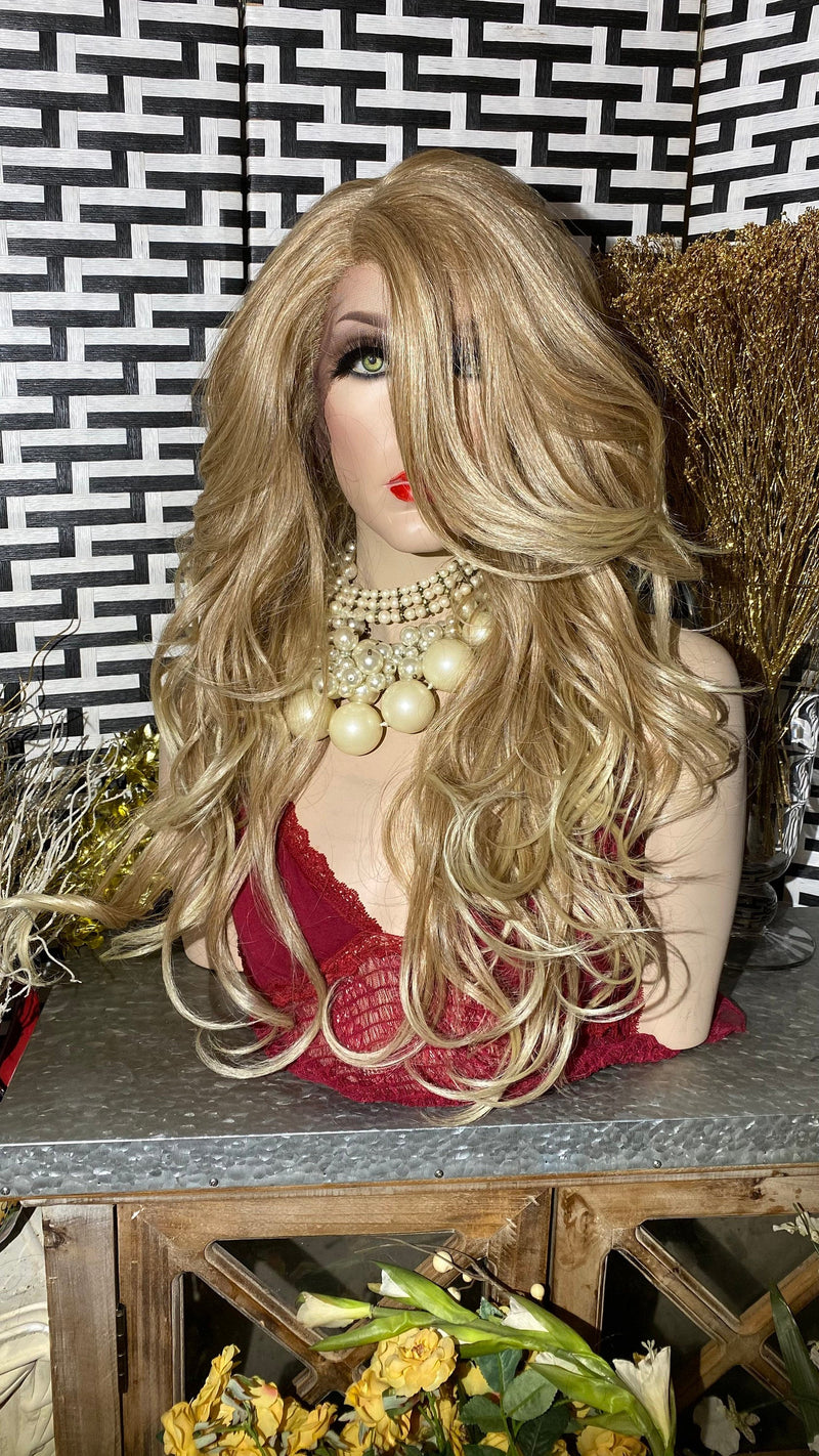 "CLASSIC BLONDE | 26"" Long Body Curly layered Lace Front wig"