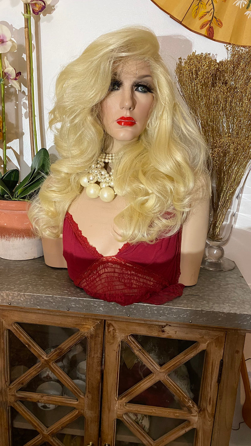 "NAKITA | 613 blonde hair | 13x6 HD lace front wig 18""Long + Perfect invisible hairline"