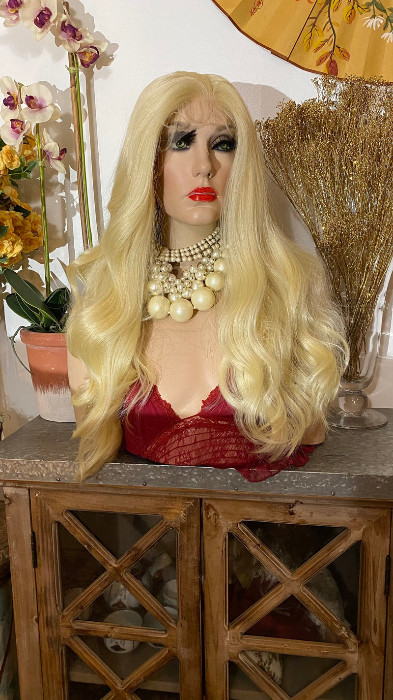 "CATHLEEN |22"" blonde hair