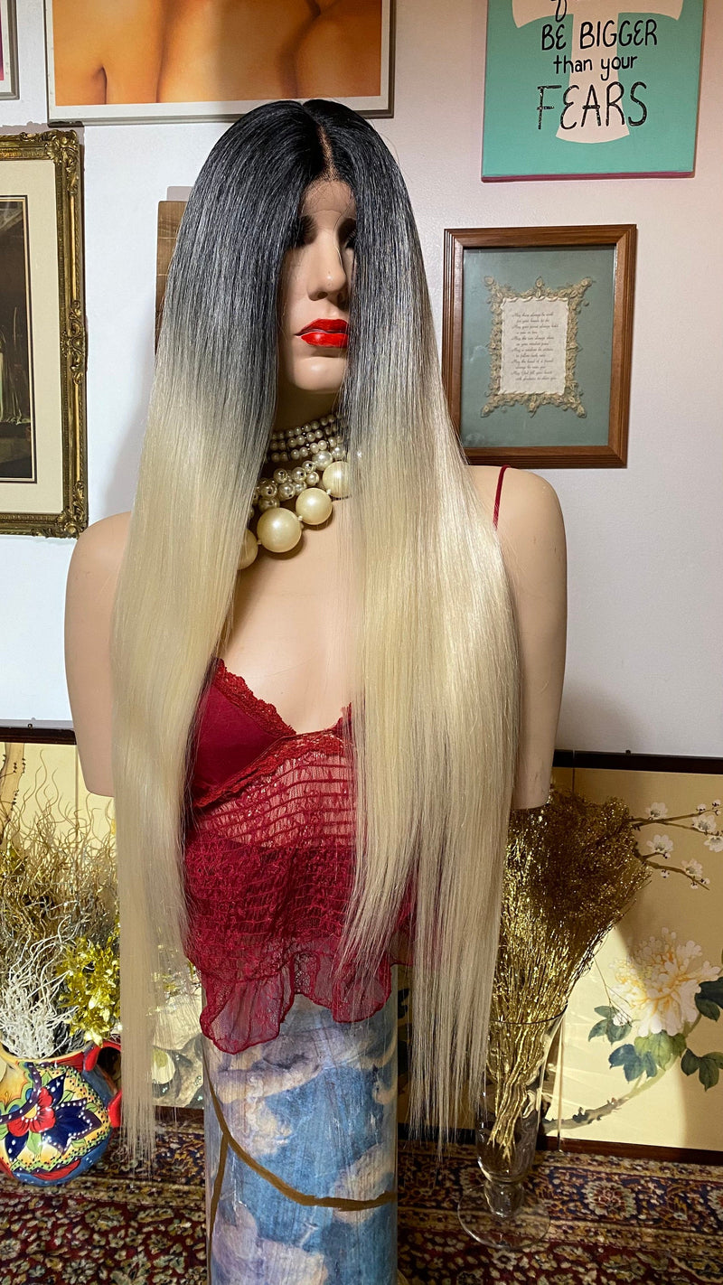 "SOMA| 30"" ombré 613 blonde silky straight hair
