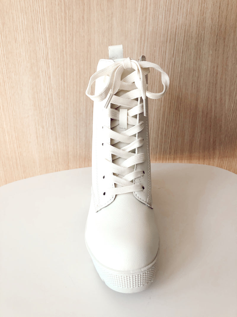 Clean Slate Combat Boot