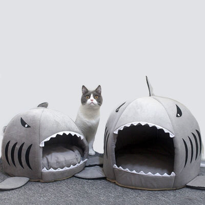 Warm Cozy Shark Cat House