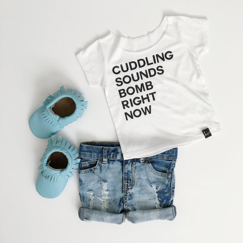 Cuddling Sounds Bomb Tee | CUT COLLAR option