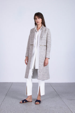 OSKAR grey midi woollen coat and white skinny leg trousers with split