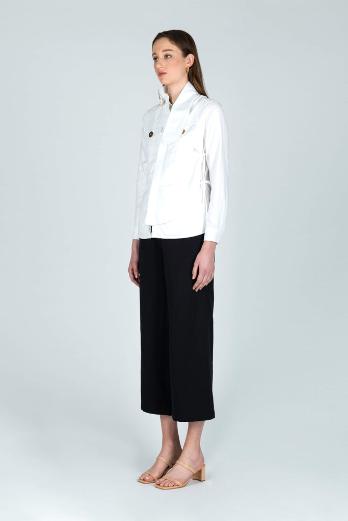 Come to Land Relaxed Linen Trousers in Black