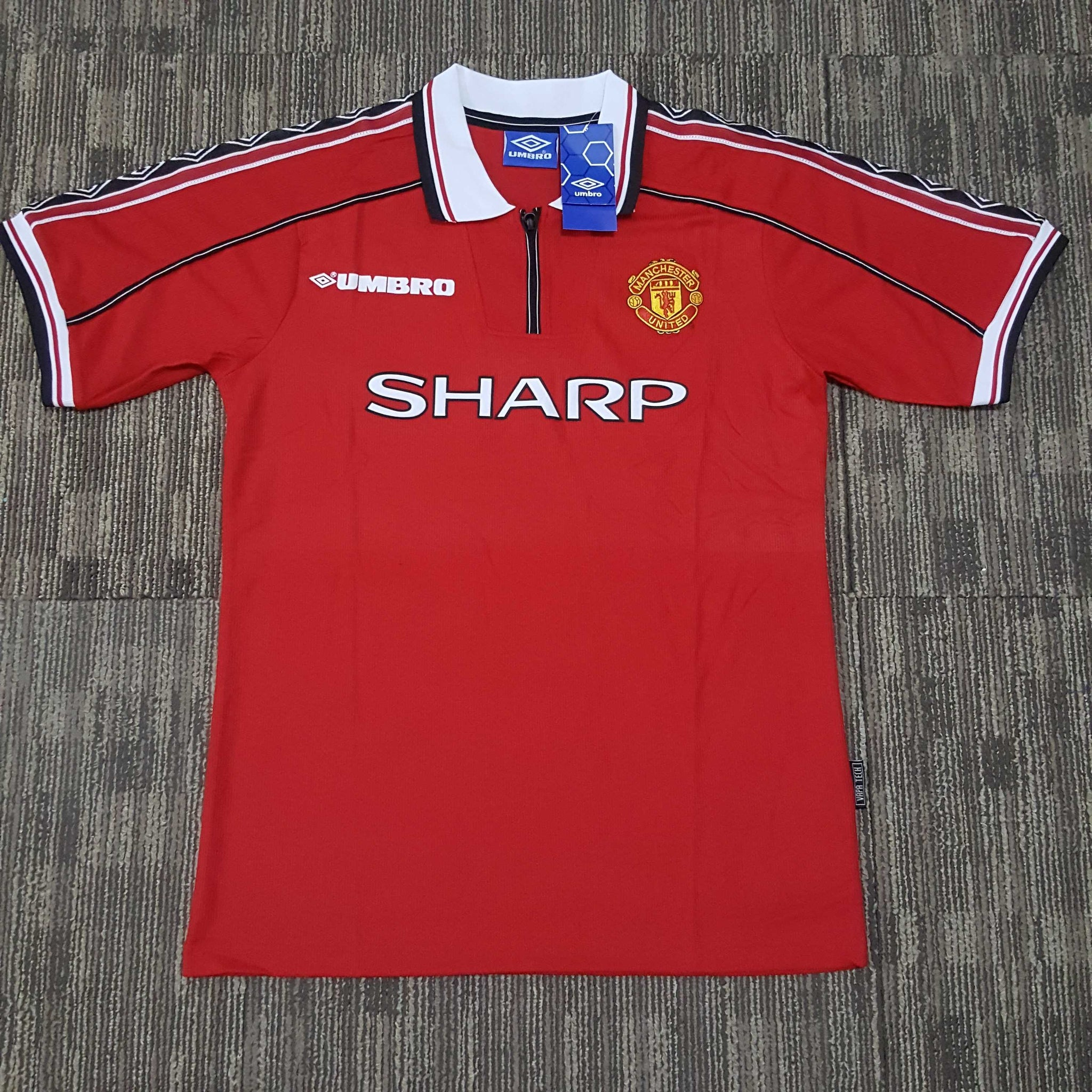 0899bed89ca Classic Manchester United Football Shirts