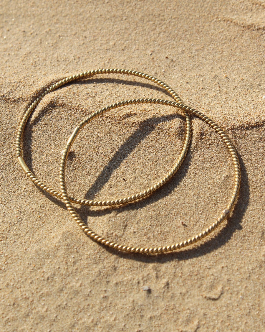Unicorn hoops small - 24 karat gold