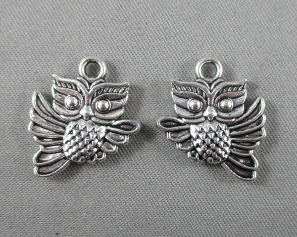 Flying Owl Charm Silver Tone 14pcs (0061)