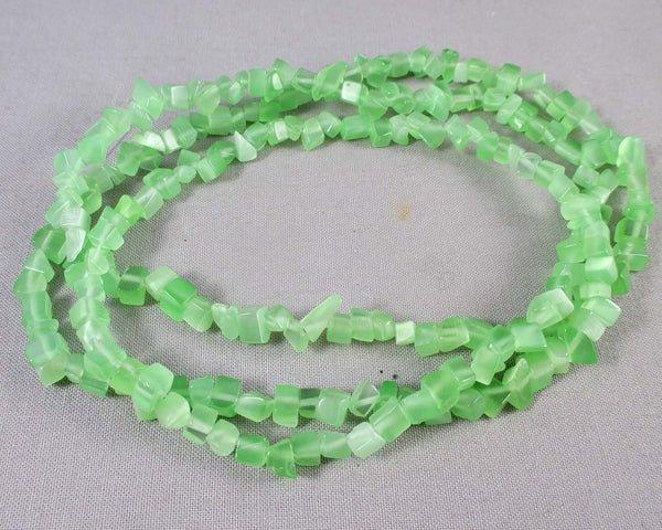 green cats eye chip beads