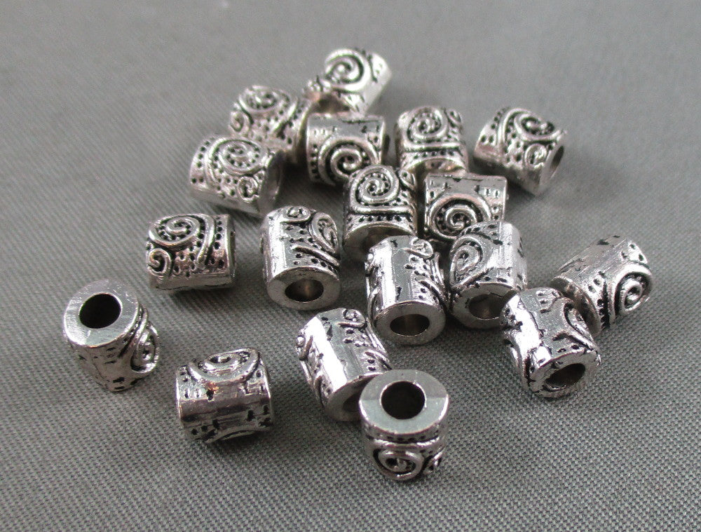 Silver Tone Swirl Spacer Beads 6x6mm 18pcs (0036)