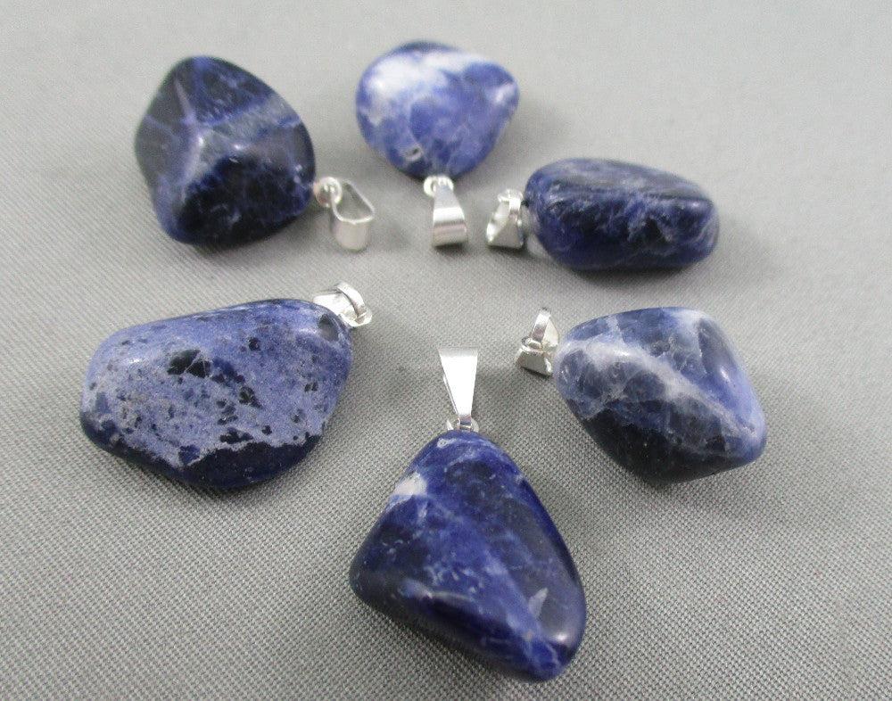 pendant listing blue heart il sodalite necklace