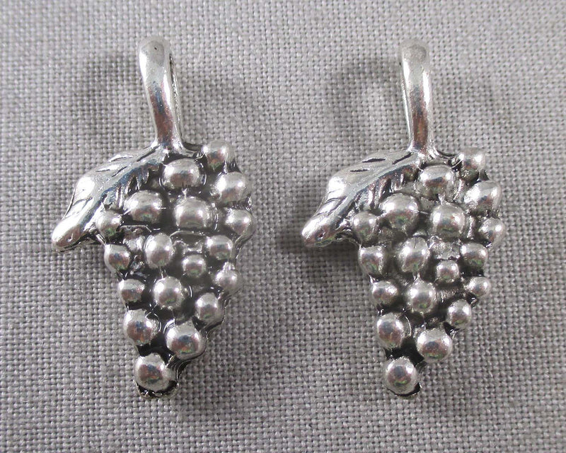 Grapes Charms Silver Tone 5pcs (0752*)