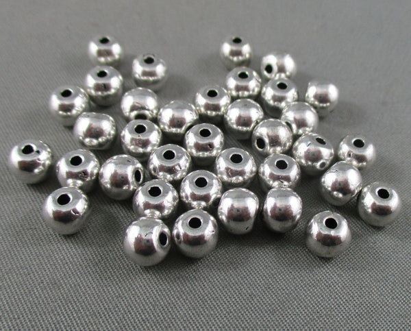 Silver Tone Round Spacer Beads 6mm 40pcs (0180)