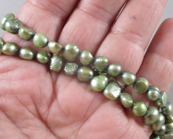 Green Cultured Pearls 7mm (Z135)