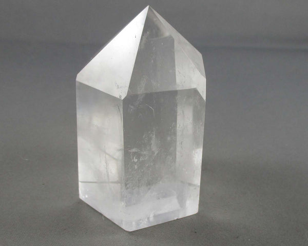 Clear Quartz Crystal Point Stand up 1pc B013-3