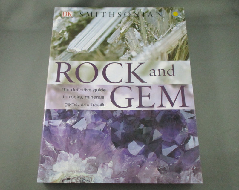Smithsonian Rock and Gem Book - R. Bonewitz and M. Carruthers