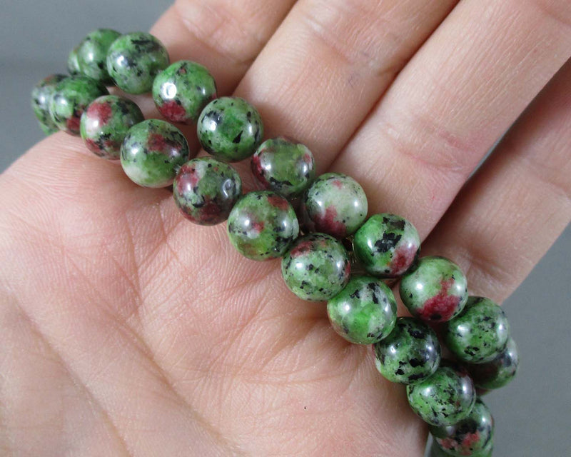 ruby zoisite round beads 8mm