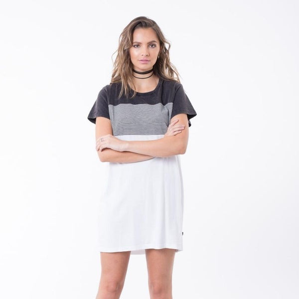 Hair Raiser Tee Dress Black / White