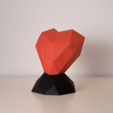 Heart (on a pedestal) Kit - Low Poly Crafts