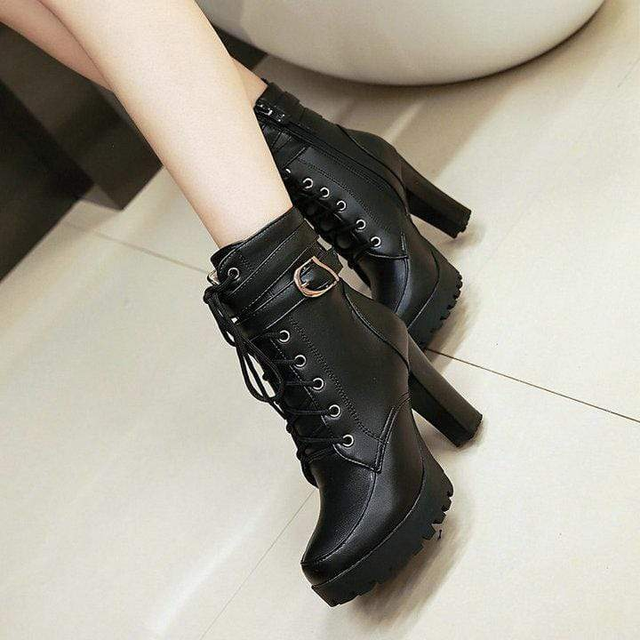 Very Cute High Heels Lace Up Boots