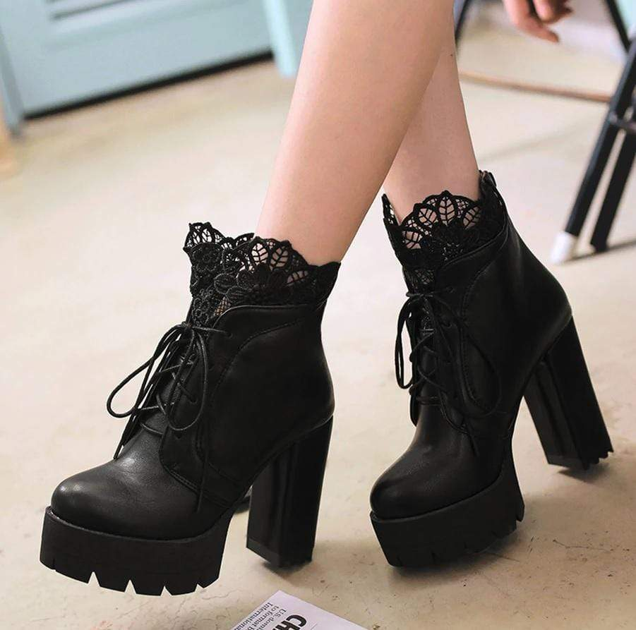 Women Floral Lace Heel Boots