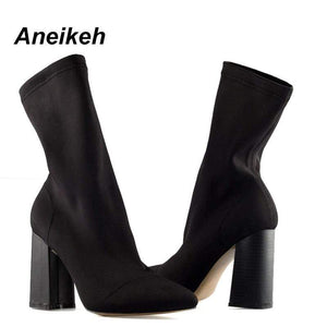 Pointed Toe Yarn Elastic Heel Highs