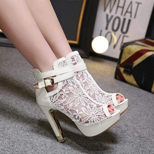 Beautiful Flower Lace Platform Heels (white)