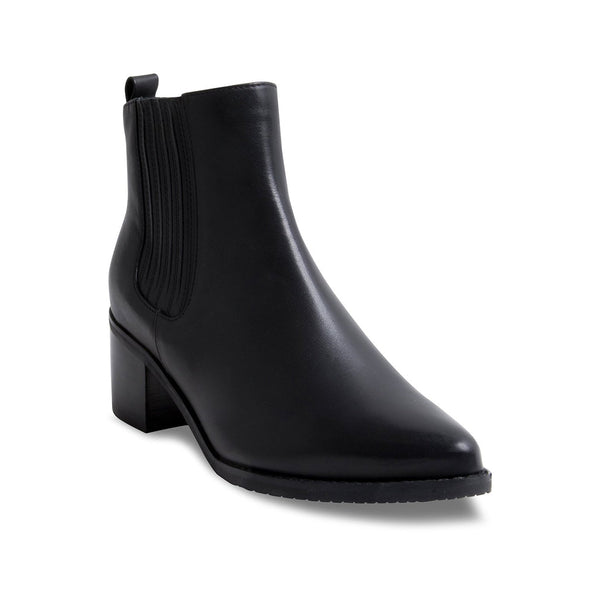 Blondo Women's Elvina in Black Boots BLONDO