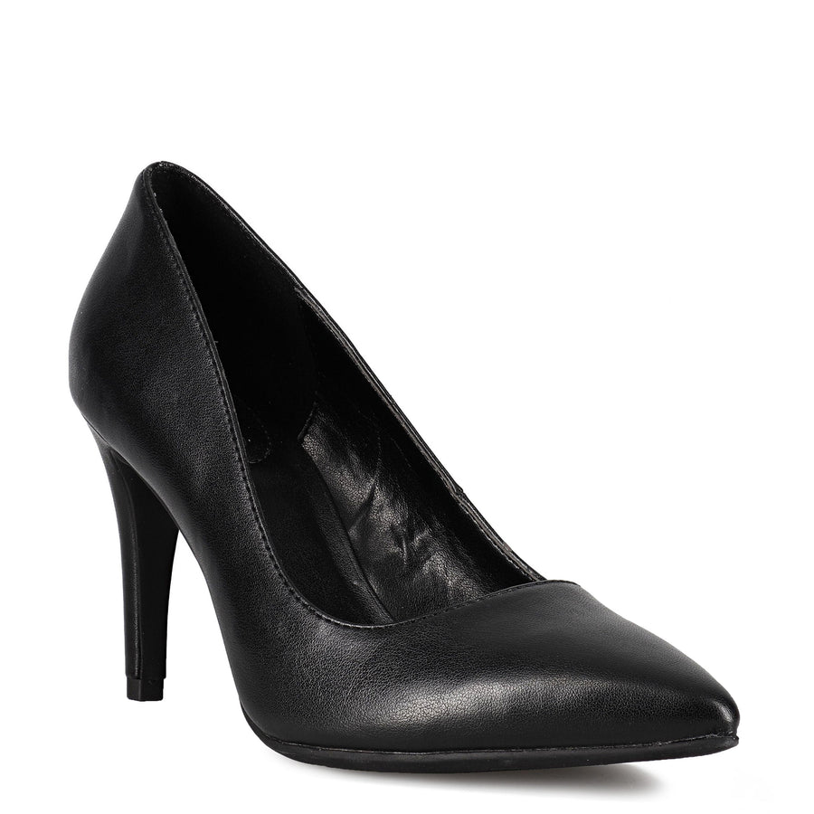 Bandolino Women's Fairbury3 in Black Heels Bandolino