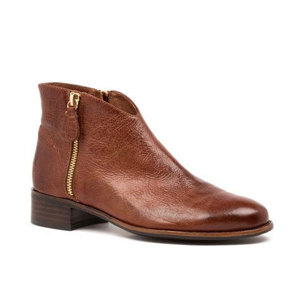 Django And Juliette Women's Chinsty Ankle Boot in Chestnut Boots Django And Juliette 36