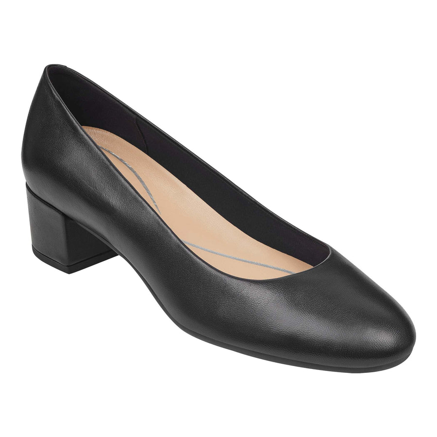 Easy Spirit Women's Ailene Pumps in Black M Heels Easy Spirit