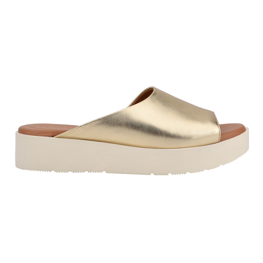 Evolve Women's Flora in Gold Sandals EVOLVE 9M
