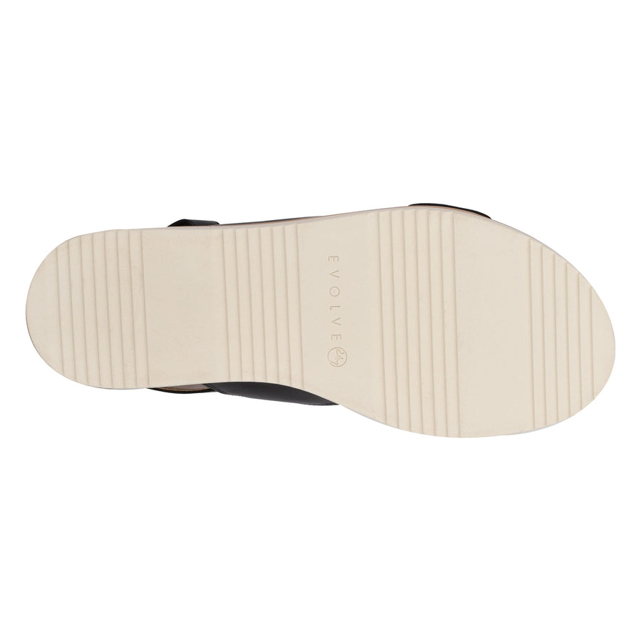 Evolve Women's Wren in Black Sandals EVOLVE
