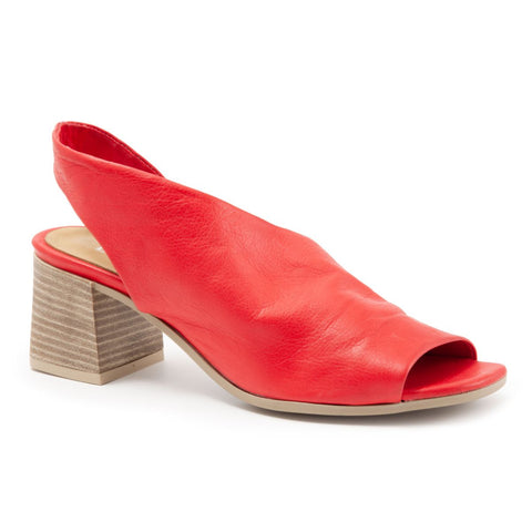 Bueno Women's Everly in Red Leather Sandals Bueno 37