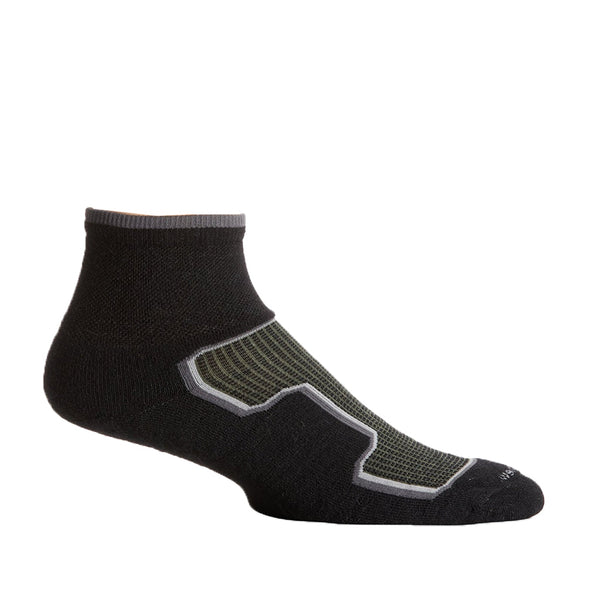 Goodhew Men's Taos Quarter Socks in Black