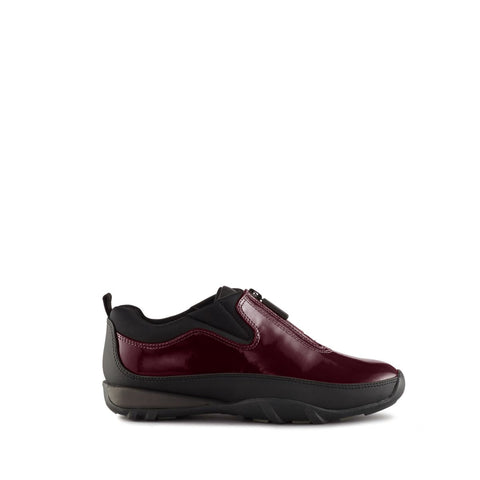 products/howdoo_patent_burgundy_1_w.jpg