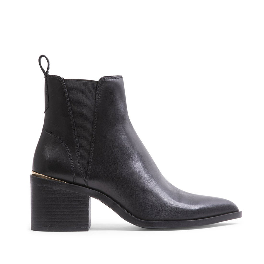 Steve Madden Women's Audience-R in Black Boots STEVE MADDEN 6
