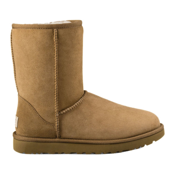 UGG Women's Classic ll Short Boot in Chestnut