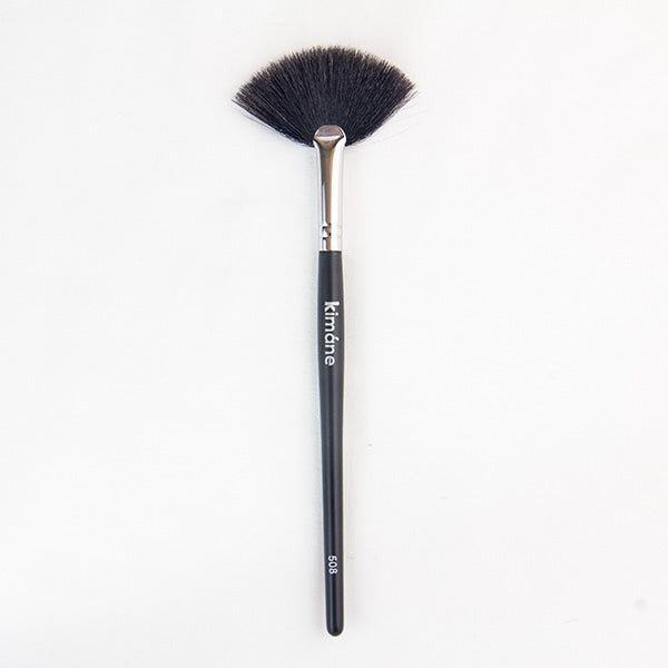 Fan Brush - Kimane Cosmetics