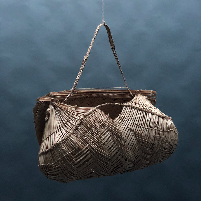 Baby-carrying basket by Xavante People