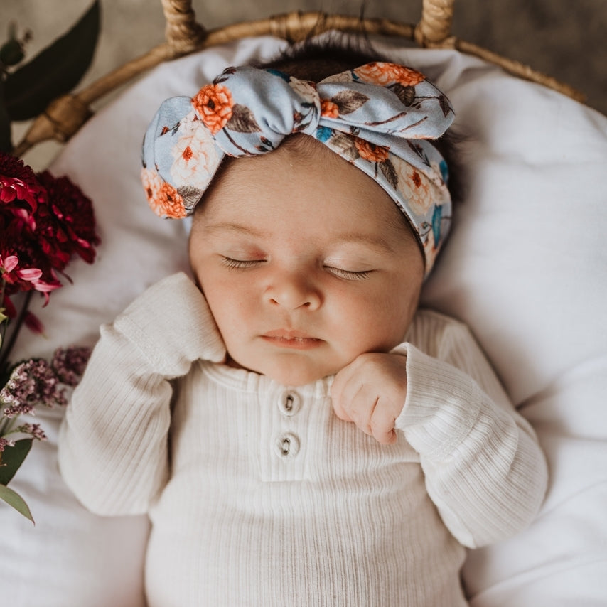 Baby Topknot Vintage Blossom