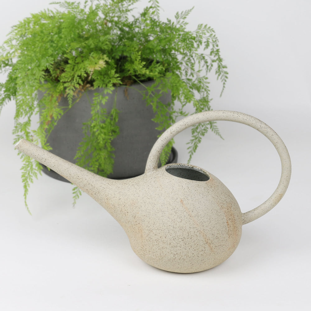 WATERING CAN-WHITE GARDEN TO TABLE