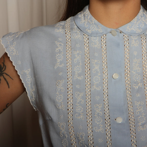 Vintage 30's Hand Embroidered Cut-Work Linen Blouse
