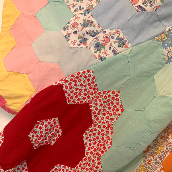 Trapeze Top - 1930's English Paper Pieced Quilt